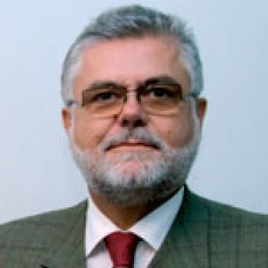Dr. Nikola Canak